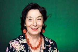 Petra Martínez se alza con el XV Premio Lorenzo Luzuriaga por conjugar el arte con el compromiso social